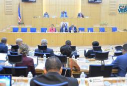 Primeiro-ministro garante que Cabo Verde terá, pela primeira vez, uma política de habitação com abordagens de médio e longo prazo