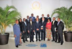 Ministro Luis Filipe Tavares reúne – se com seu homólogo Equato- Guineese Don Simeon