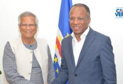 Primeiro-Ministro recebeu o Nobel da Paz, Muhammad Yunus