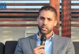 """""""Através da Educação podemos garantir o sucesso dos jovens e do país"""" – Secretário de Estado, Carlos Monteiro"""