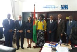 Ministro Luís Filipe Tavares realiza visita à Guiné Bissau
