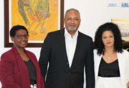 Tomada de posse dos novos membros da Comissão Instaladora da Ordem dos Enfermeiros de Cabo Verde