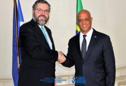 Ministro Luís Filipe Tavares encontra-se com seu homologo Brasileiro Embaixador Ernesto Henrique Fraga Araújo