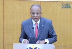 Primeiro-Ministro apresenta no Parlamento medidas do Estado de Emergência e apela a máximo sentido de responsabilidade