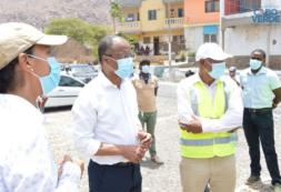 Primeiro-ministro reforça engajamento do governo no desenvolvimento do Tarrafal