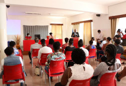 Vinte jovens de Santa Catarina recebem formação como Cuidador de dependentes